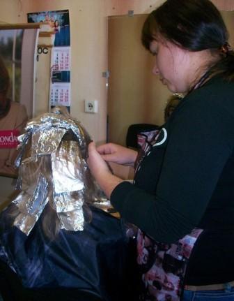 Курсы парикмахеров в Орше: мелирование волос