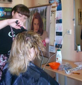 Курсы парикмахеров в Орше: укладка волос феном