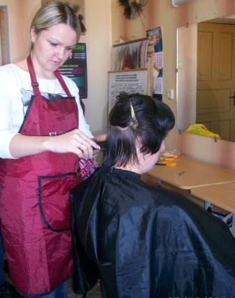 Курсы парикмахеров в Орше: женская модельная стрижка