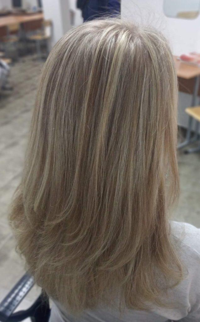 Мелирование и стрижка волос