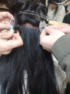 Практическое занятие по наращиванию волос