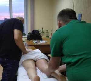 Массаж спины и ног