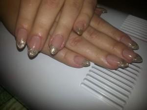 Курсы наращивания ногтей в Могилеве: работа слушательницы