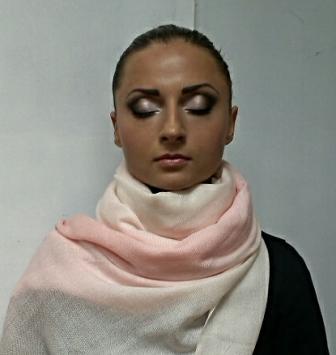 Курсы визажа в Бобруйске: работа слушательницы