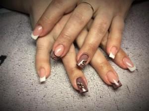 Курсы наращивания ногтей в Могилеве: работа ученицы