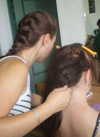 Курсы парикмахеров в Мозыре: создание вечерней прически