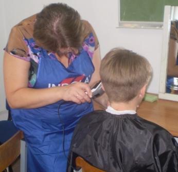 Курсы парикмахеров в Мозыре: женская стрижка
